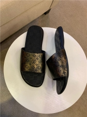 Perfect LV Men Slippers (38)