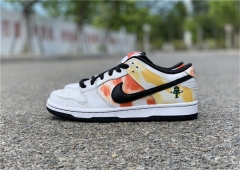 "Authentic Nike SB Dunk Low Pro ""Raygun"""